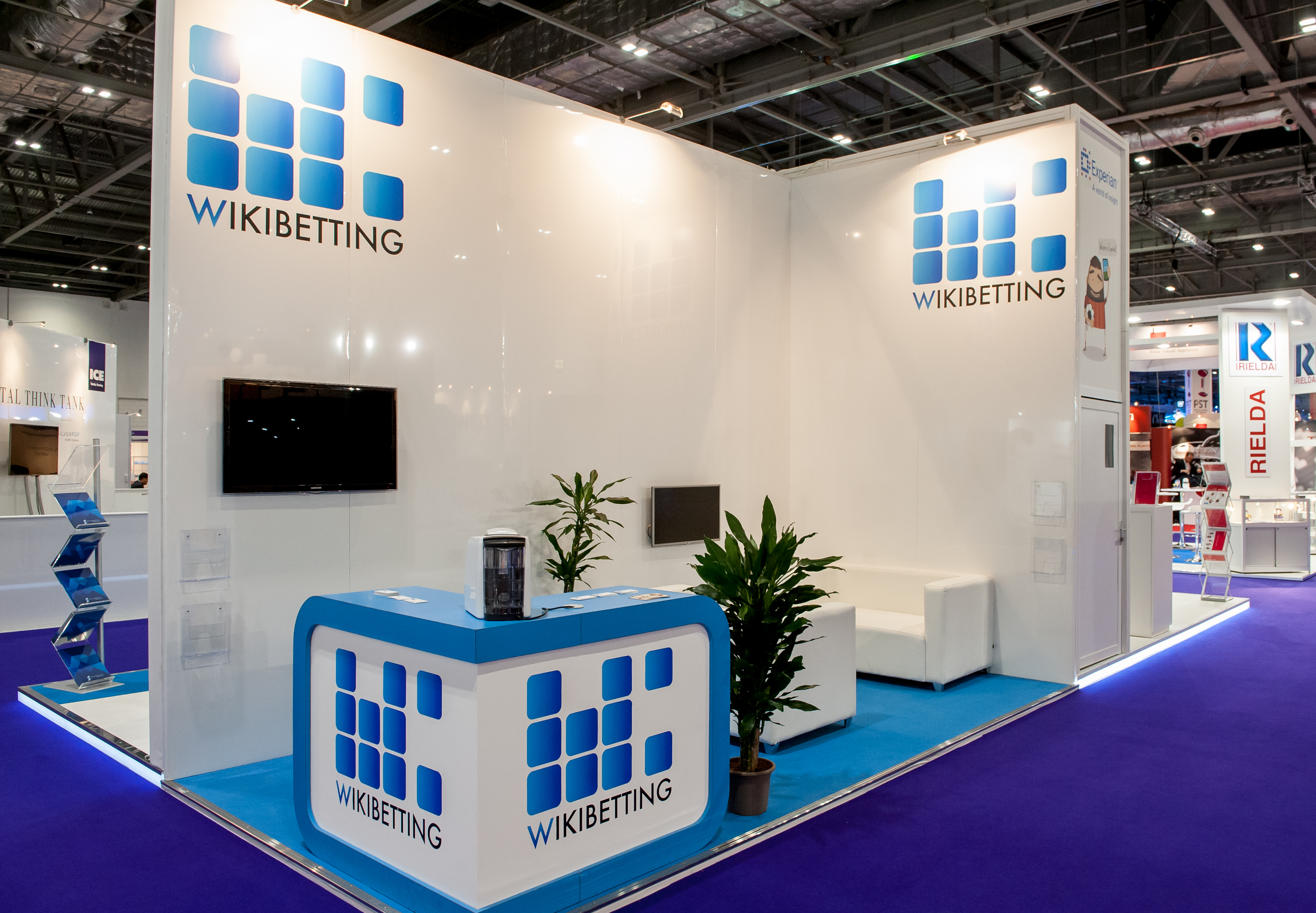 Exhibition Stand Fitters : Wikibetting ice expose designs exhibition stands