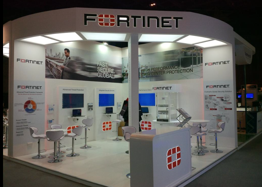 Exhibition Stand Fitters : Fortinet gisec dubai expose designs exhibition